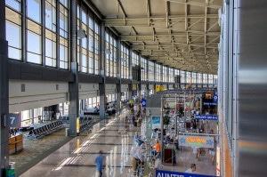 austin-airport-aus-limo-bus-shuttles-taxis-300x199